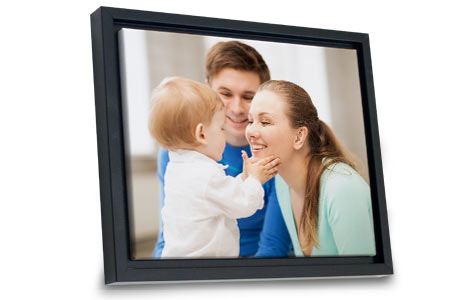 Elegantly display any photo and brighten your wall décor with our framed canvas prints.