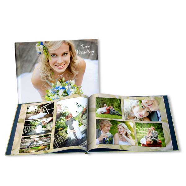 show off your wedding to friends and family alike with our fully customized wedding picture books