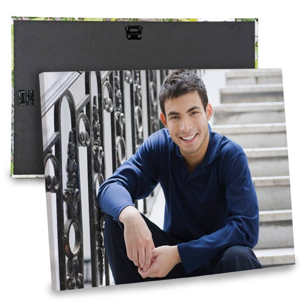 With a range of sizes and styles, you can't go wrong with our canvas photo prints.