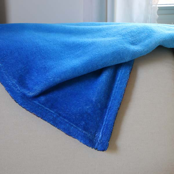 Create your own super soft plush fleece blanket to keep you warm or throw over you couch
