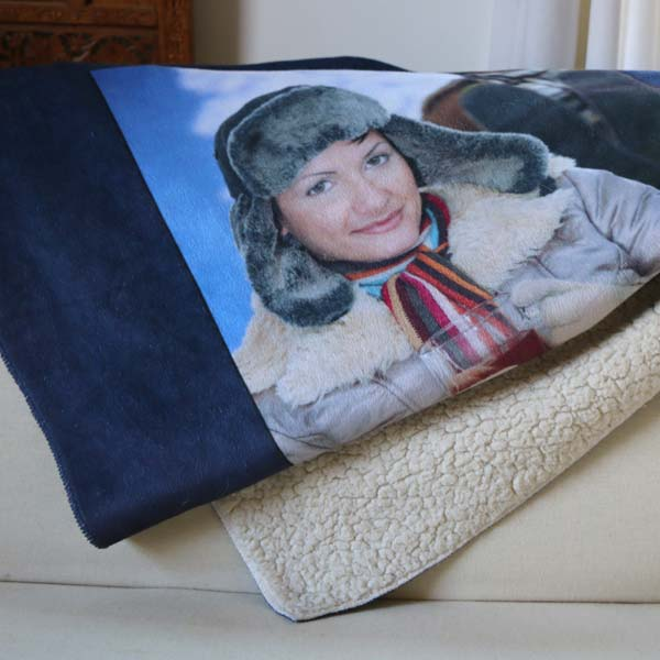 Snuggle up to a warm blanket with a warm memory with Winkflash Sherpa blankets