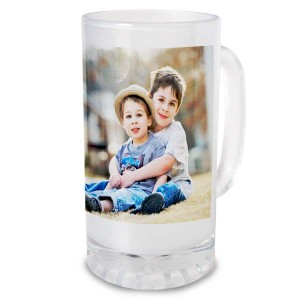 Customize your own glass stein and enjoy a favorite picture while sipping an ice cold beverage.