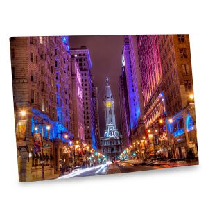 Our captivating Philadelphia photo canvas features stunning colors to brighten your decor.