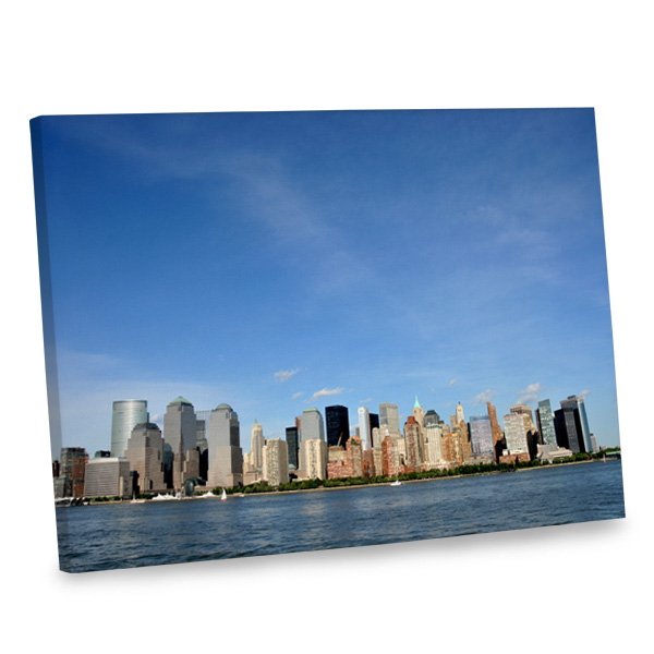 Our New York cityscape canvas is sure to turn heads and liven up your home in style.