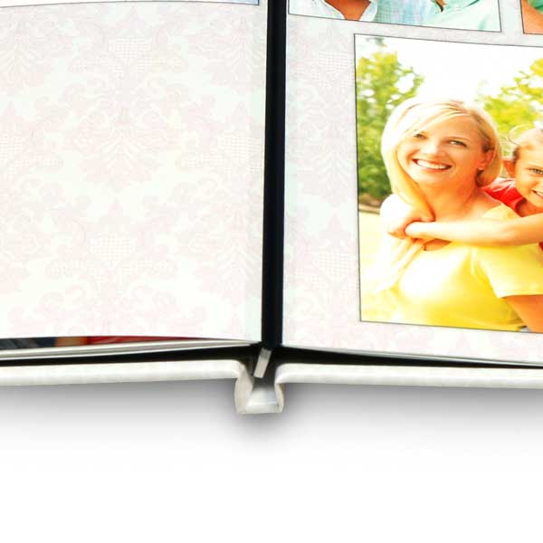 Our professional layflat book binding allows you to share your photos with ease.