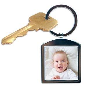 Create an adorable key chain using your favorite photo