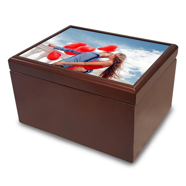 Create your own jewelry box and store your valuables in a custom box