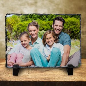 Display your photos in a unique way with photo slates, print your pictures on stone